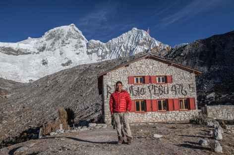 Arrivée au refuge Peru au pied des Huandoy (6395 m) - Pérou -