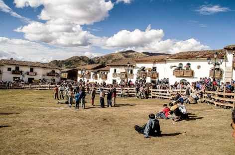La place d'Armes de Chacas - Pérou -