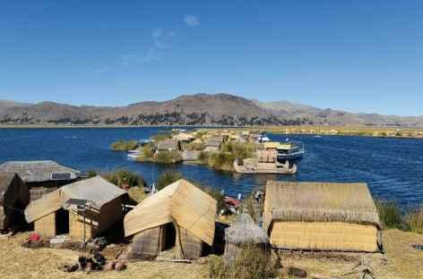 Îles Uros sur le lac Titicaca - Pérou -