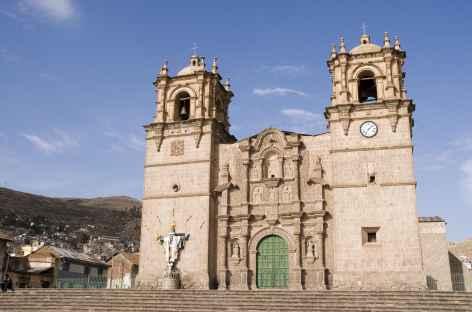 La cathédrale de Puno - Pérou -