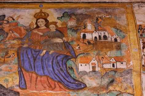Peinture murale dans l'église de Chinchero - Pérou -