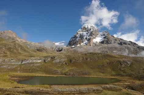 Au-dessus des alpages de Huayhuash - Pérou -