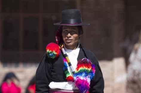 Rencontre sur les îles du lac Titicaca - Pérou -