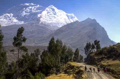 Premiers pas dans la Cordillère au pied du Huascaran -