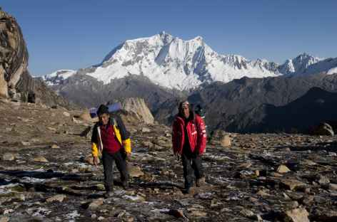 Arrivée au col Tocclaraju (5050 m) - Pérou -