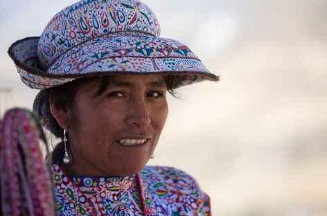 Rencontre avec une indienne dans le canyon de Colca - Pérou -