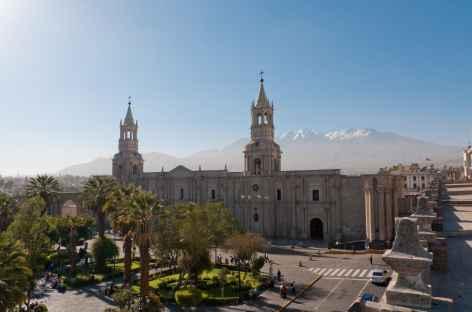 Arequipa, place d'Armes et cathédrale - Pérou -