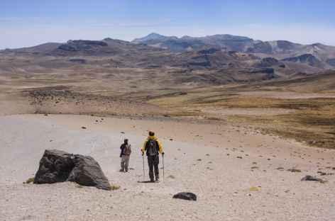Descente vers la pampa Aquenta - Pérou -
