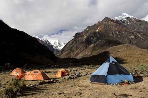 Camp de la quebrada Cayesh - Pérou -