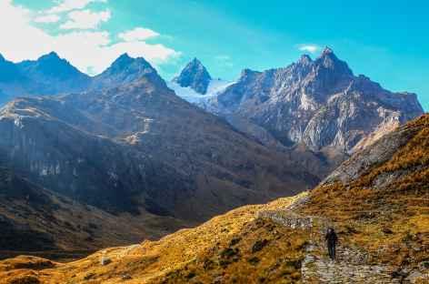 En montant au col Choquetacarpo - Pérou -