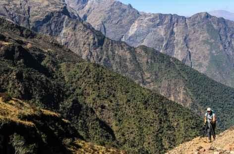 Au cours de la montée vers le col San Juan - Pérou -