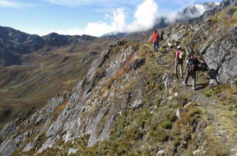 Chemin inca avant le col Mojon - Pérou -