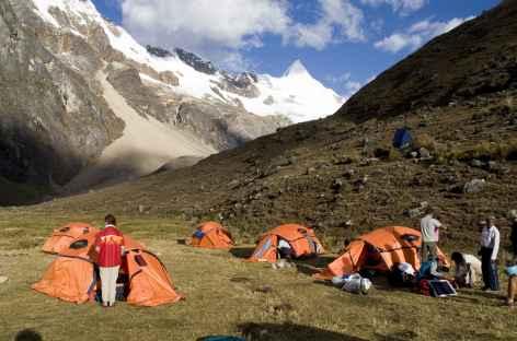 Camp de rêve au pied de l'Alpamayo - Pérou -