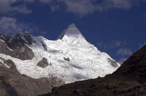 Alpamayo, la plus belle montagne du monde ? - Pérou -