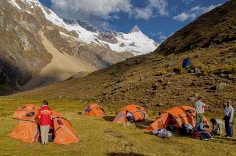 Notre camp au pied de l'Alpamayo - Pérou -