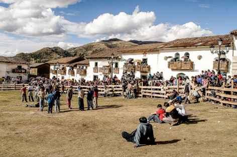 Fête religieuse au village de Chacas - Pérou -