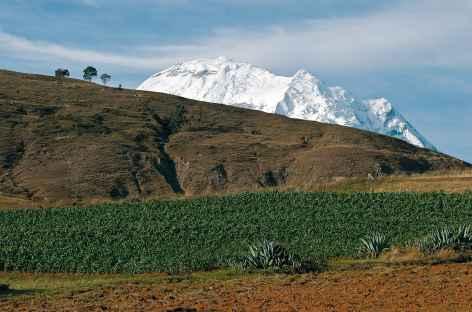 Huascaran et cultures dans le callejon de Huaylas - Pérou -