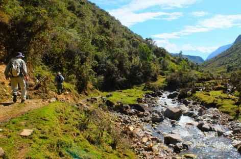 Sur les bords de la rivière Zapatero - Pérou -