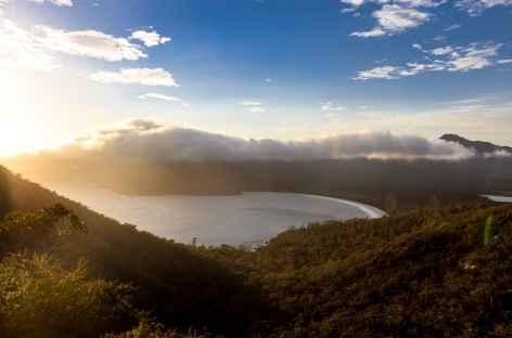 Mt Amos (420 m) -