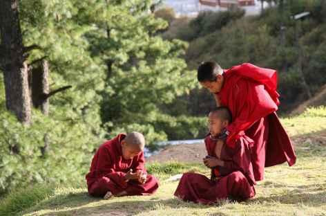 Récréation au monastère  - Bhoutan -