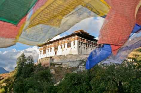 Regard sur le Dzong de Paro  - Bhoutan -