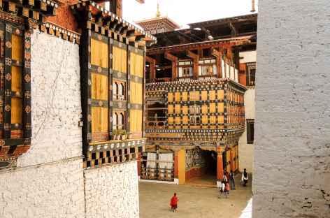 Les cours du Dzong de Paro - Bhoutan -
