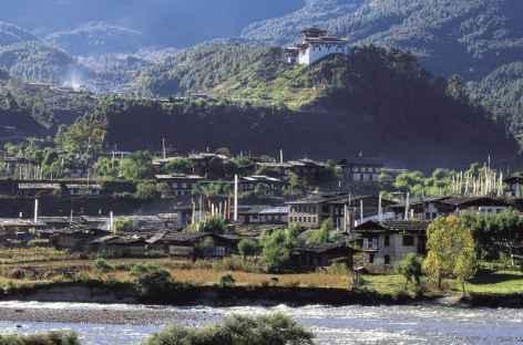 Vallée de Bumthang et dzong de Jakar - Bhoutan -