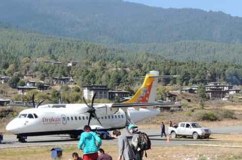 Le petit aéroport de Bumthang - Bhoutan -