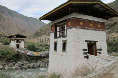 Pont sur chaines de Tachogang - Bhoutan -