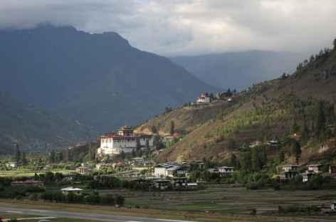 Vallée de Paro avec son dzong - Bhoutan  -