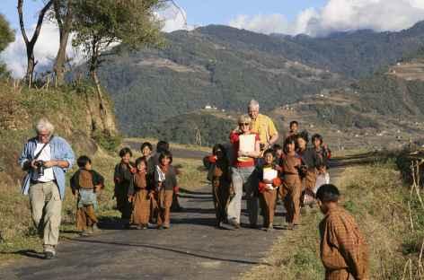 sur le chemin des écoliers - Bhoutan -