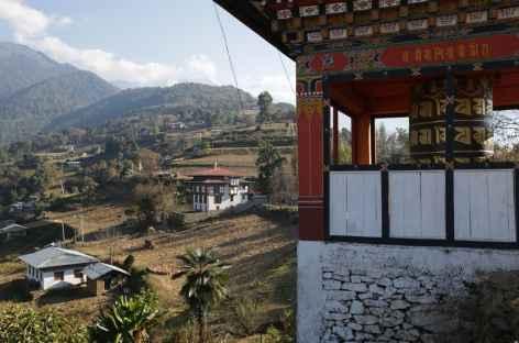 Sur la piste qui monte à Rangshikhar - Bhoutan -