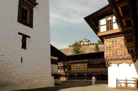 Cours du dzong, Paro  - Bhoutan -