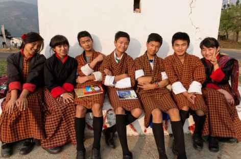 Jeunes étudiants bhoutanais -