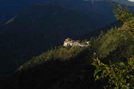 Dzong de Trashigang au coucher du soleil - Bhoutan -