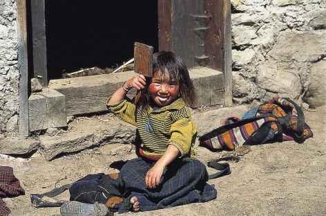 Beauté locale se préparant pour le festival - Bhoutan  -