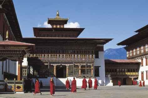 Les cours intérieures du dzong de Thimphu - Bhoutan -