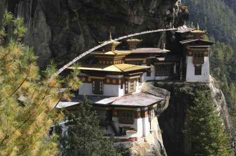 Le temple de Taktsang surplombant la vallée de Paro - Bhoutan -