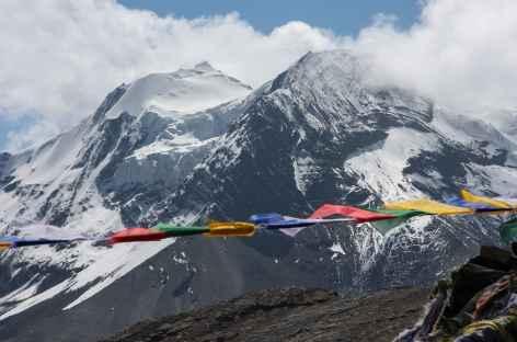 Drapeaux et glaciers - Bhoutan -