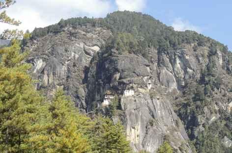 La tanière du Tigre, suspendue dans la roche, Taktsang  - Bhoutan -