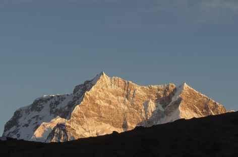 Le Kangar Punsum 7541 m, plus haut sommet du Bhoutan -