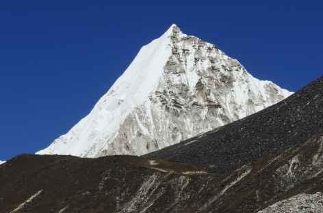 Pyramide du Churu Kang 6500 m  - Bhoutan -