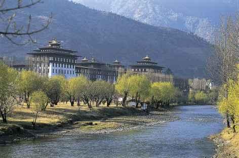 Tashichhodzong, siège du gouvernement bhoutanais - Bhoutan -
