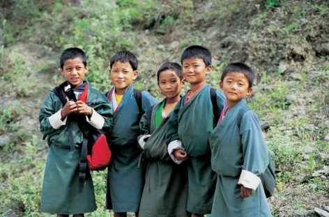 Sur le chemin de l'école - Bhoutan -