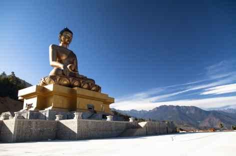 Bouddha géant surplombant la vallée de Thimphu - Bhoutan -