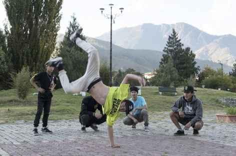 Breakdance sur les squares de Thimphu - Bhoutan -