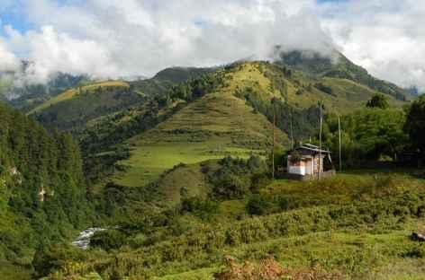 Arrivée au village de Serphu, fin du Snow Man trekking - Bhoutan -