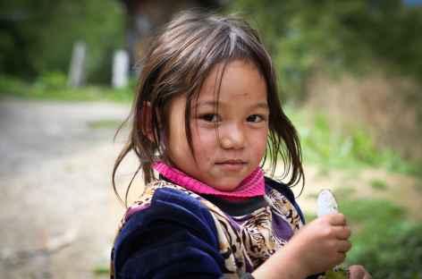 enfant Bhoutan -