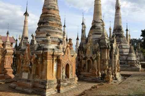 Tar Kaung, stupas anciens - Birmanie -