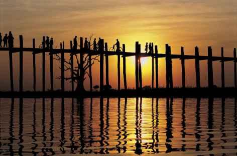 Coucher de soleil à Amarapura - Birmanie -